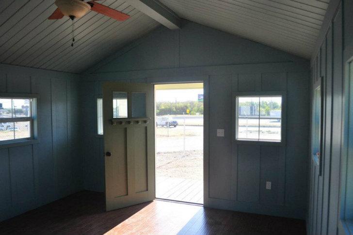 Kanga Room Systems предлагает комплекты маленьких и экологичных сборных домов