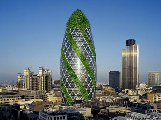 Знаменитый небоскреб-огурец в Лондоне скоро станет действительно зеленым!