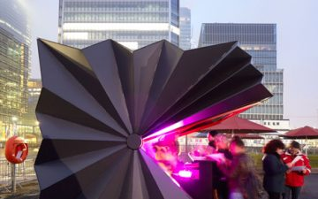 Киоски выполненные в стиле оригами появились в Лондоне