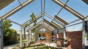 Австралийские архитекторы построили уникальный дом наизнанку
