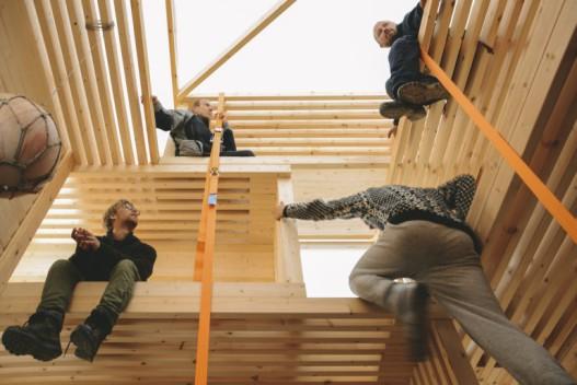 Новый супер компакнтый дом (12 кв.м. для 12-ти человек)