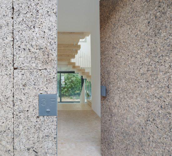 cork-screw-house-rundzwei-architekten-berlin-germany-architecture-residential_dezeen_2364_col_7-1704×1638