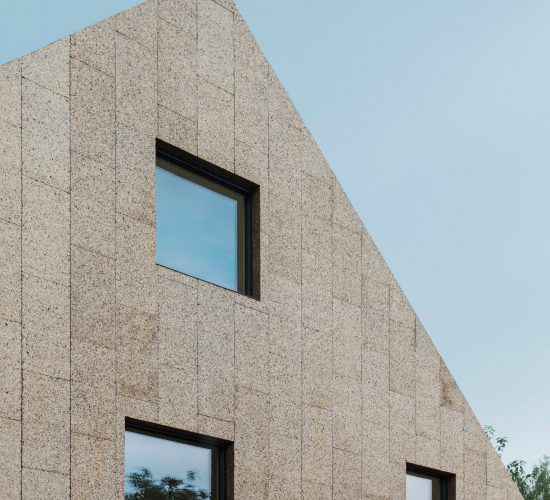 cork-screw-house-rundzwei-architekten-berlin-germany-architecture-residential_dezeen_2364_col_8-1704×2314