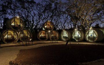 TubeHotel: отель из бетонных труб предлагает доступное и комфортное жилье