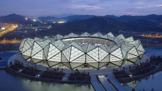 GMP Architekten завершил строительство трех сверкающих стадионов в Шэньчжене