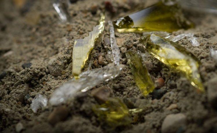 Секрет успеха нового материала: переработанное стекло и цемент
