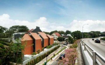 Уникальная стена-«армадилл» способствует уменьшению шумового загрязнения с улицы.