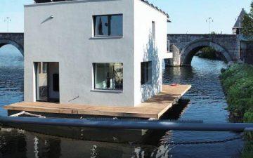 Пассивный плавучий дом Autarkhome обеспечивает энергонезависимость в открытом море