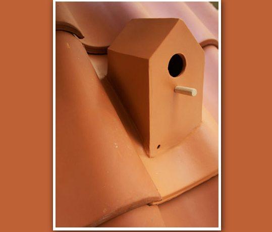 Кровельная плитка Birdhouse: удобное гнездовье для птиц на вашей крыше