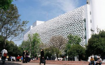 Госпиталь в Мехико теперь не только лечит людей, но и очищает воздух
