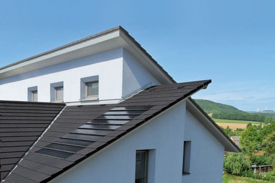 Новые ультратонкие солнечные панели от Stafier Holland легко интегрируются в черепицу крыши