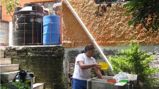 Новый проект сбора дождевой воды Isla Urbana поможет Мехико справиться с нехваткой воды