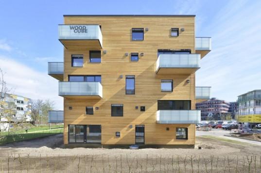 Woodcube: углеродно-нейтральный пятиэтажный деревянный жилой дом открывается в Гамбурге