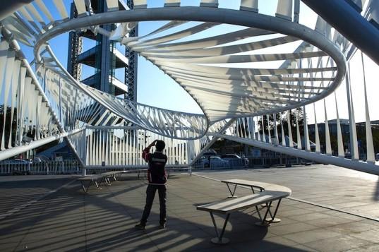 Новый открытый павильон наглядно показывает уровень загрязнения воздуха в Пекине