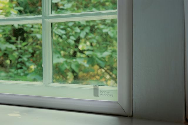 Компания представила новые оконные вставки-экраны из тонированного акрила