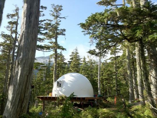 Каркасные куполообразные дома Intershelter могут быть собраны в любом месте за один день