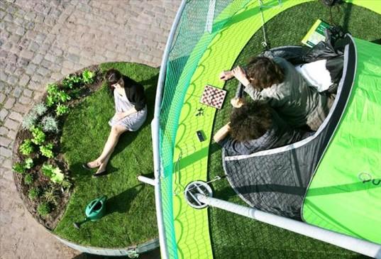 Новая идея для городского кемпинга: 5-этажная палатка