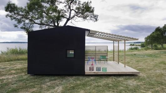 Мини-дом версия 2: электрифицированная и со встроенной кухней
