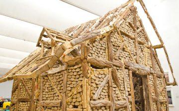 На миланской выставке представлен дом, построенный из хлеба!