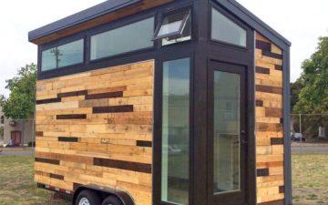 Этот крошечный дом-прицеп на солнечных батареях можно купить на eBay всего за 10000 долларов