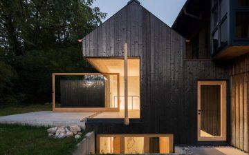 Черный дом построен без использования химикатов в Мюнхене