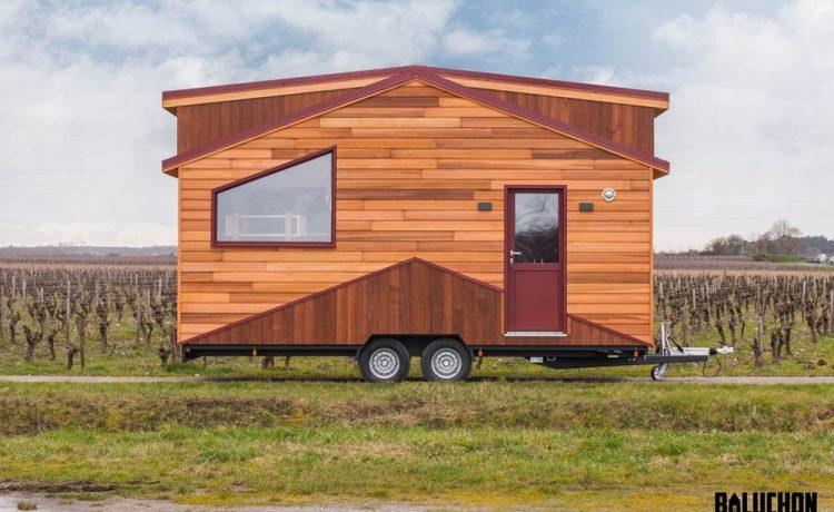 Компактный французский мини-дом с дополнительной комнатой для гостей