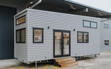 Просторный мини-дом для двоих от Build Tiny