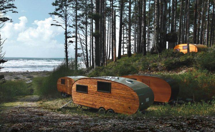 Эти автономные мини-дома предлагают отдых вне цивилизации в волшебном тропическом лесу Хох