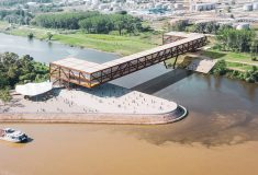 Новый двухэтажный мост через Дунай в Сербии