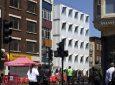 Отель в Лондоне построен из транспортных контейнеров