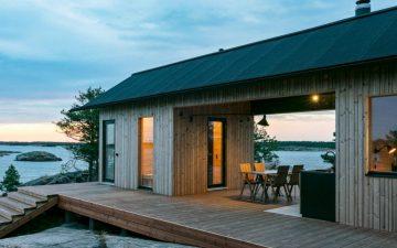 Самодостаточный крошечный дом на живописном острове в Финляндии