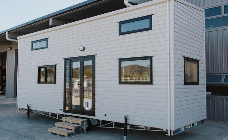 Новый мини-дом Dreamweaver от Tiny House может быть полностью автономным