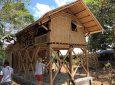 Сейсмостойкие бамбуковые дома для жителей Ломбока, пострадавших от землетрясения