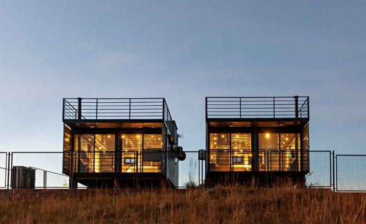 В Airbnb представлен удаленный домик для отдыха из транспортных контейнеров