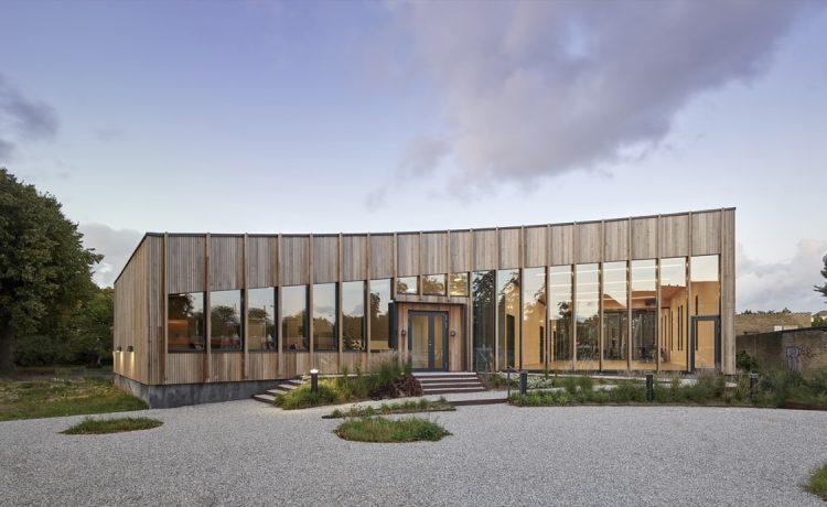 В Копенгагене открыт общественный центр, построенный из кросс-ламинированной древесины