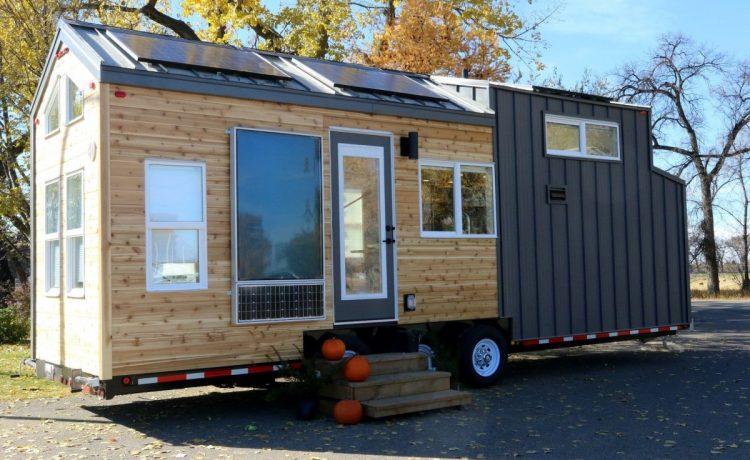 Канадский крошечный дом Innisfree Anarres на солнечной энергии
