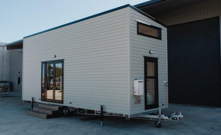 Tiny Tāwharau - дом на колесах, который отвечает всем потребностям большой семьи