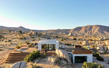 Самодостаточный ретрит Whisper Rock построен в живописной калифорнийской пустыне