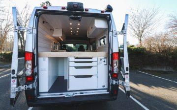 Chongo: новый автофургон на базе Ram Promaster с большой кухней и солнечными батареями