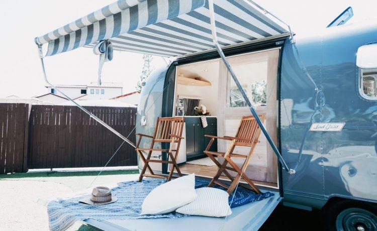 Alice Airstream: легкий автономный дом с раскладывающейся террасой