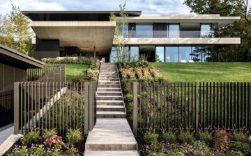 Роскошный дом на солнечной энергии с прекрасным видом на озеро Гурон