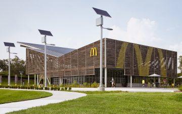 McDonald's Disney World предлагает фаст-фуд с акцентом на экологичность