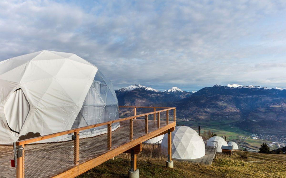 Новые сборные, роскошные эко-капсулы с видом на швейцарские Альпы