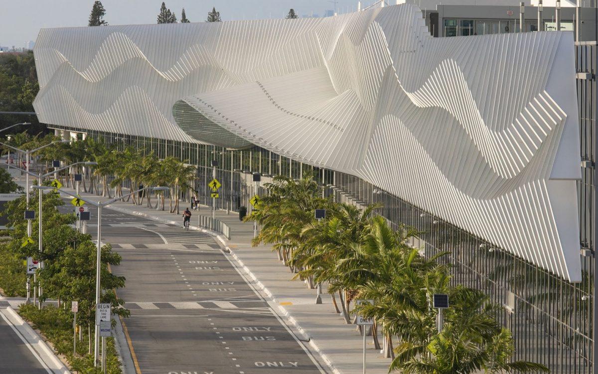 Конференц-центр Майами-Бич получил новый потрясающий облик