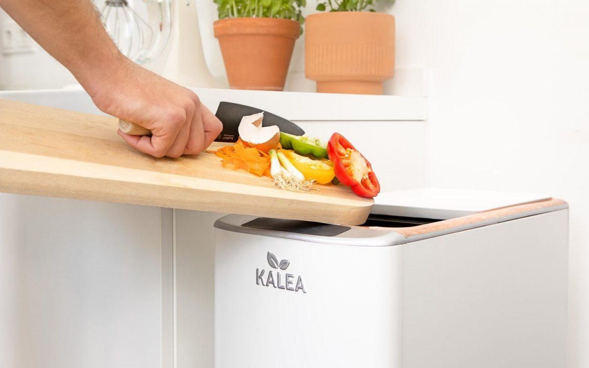 Кухонный гаджет превращает пищевые отходы в компост за 48 часов