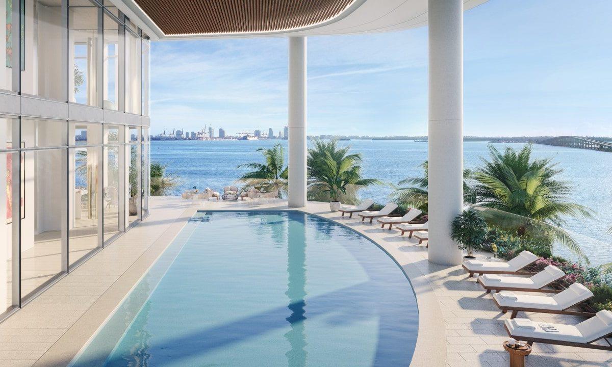 Люксовый небоскреб, похожий на яхту, произвел фурор в Майами
