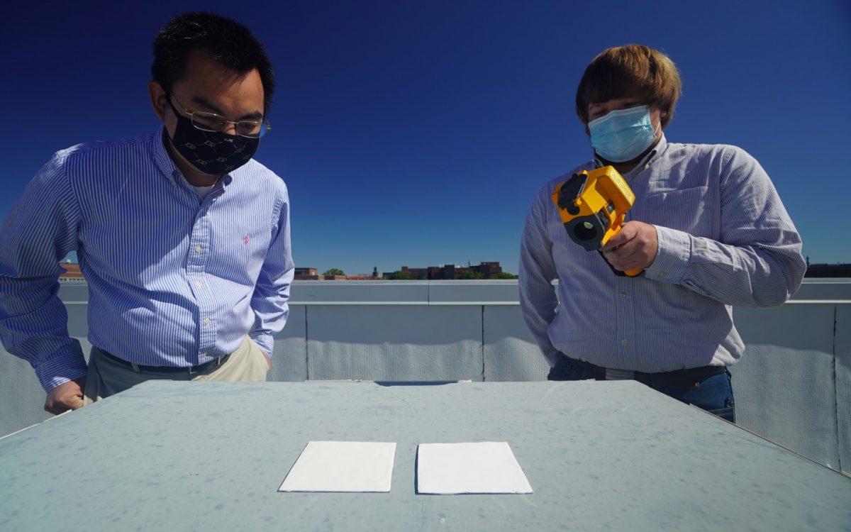 Ультра-белая краска отражает 95,5% солнечного света для охлаждения зданий