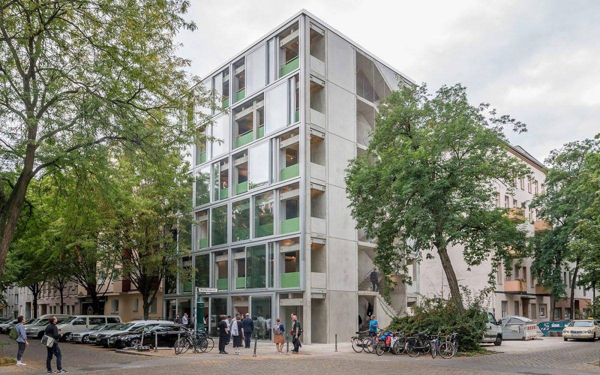 Wohnregal: сборный бетонный жилой дом в Берлине