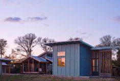 Микро-домик для бездомного в Остине: новая модель устойчивого и доступного жилья