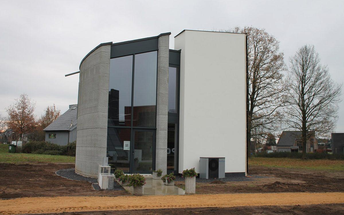 В Бельгии завершено строительство двухэтажного дома с помощью 3D-принтера